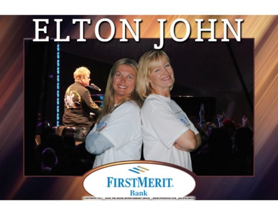 cleveland concert at blossom music center has photo booth