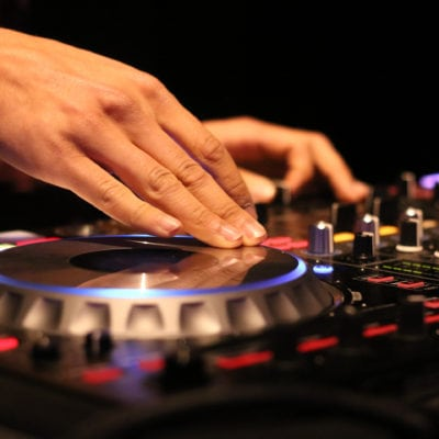 HOLIDAY PARTY ENTERTAINMENT - HOLIDAY PARTY DJ