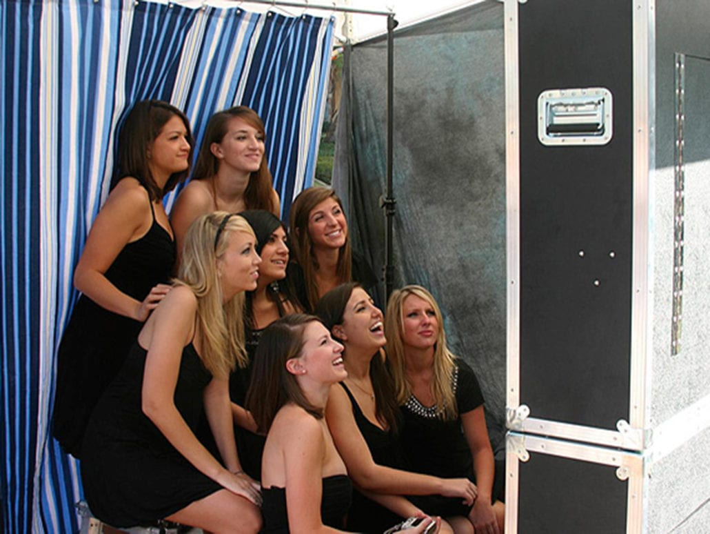 ROCK THE HOUSE - CLEVELAND PHOTO BOOTH RENTAL: CLASSIC PHOTO BOOTH