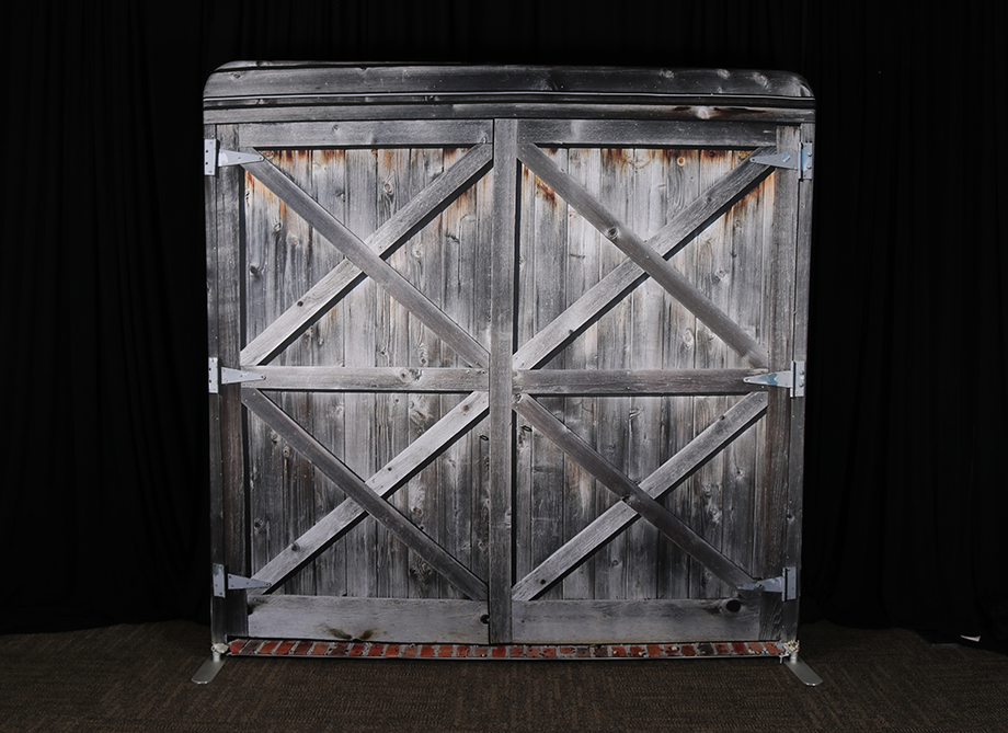 RTH Photo Booth Backdrops - Barn Door